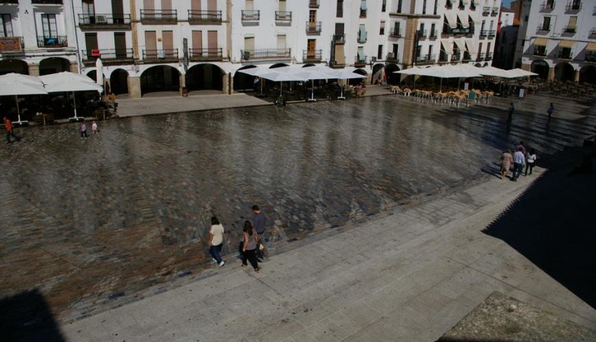 Plaza mayor Cáceres_03